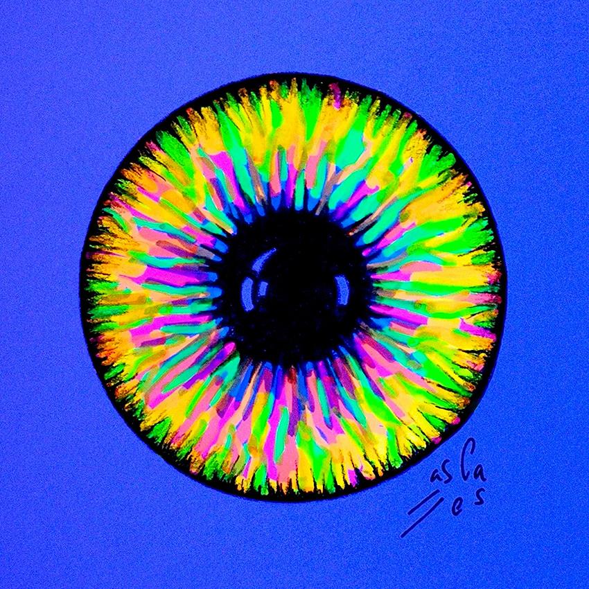 Iris-fluorescente.-Vicky-Casellas.-Ilustración-fluorescente.-Arte-fluorescente-uv