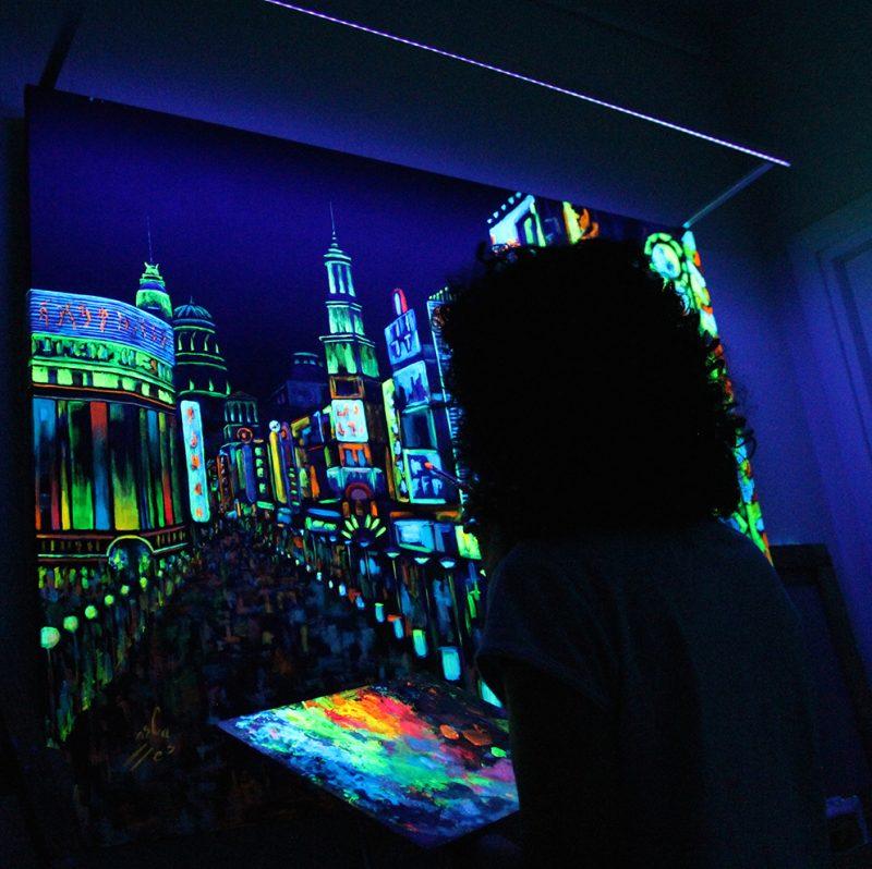 Vicky-Casellas.-Shangai.-Arte-fluorescente