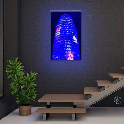 Vicky-Casellas.-Pinturas-fluorescentes-decoración-interiores.-Arte-fluorescente