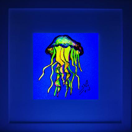 Medusa-amarilla.-Vicky-Casellas.-Ilustración-fluorescente.-Arte-fluorescente